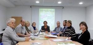 Les membres du Comité des Fêtes et les bénévoles préparent le prochain salon de la Création Artisanale